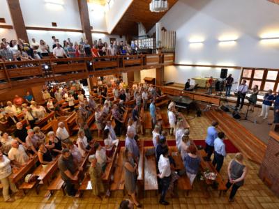 Remont kaplicy –potrzebne osoby dopomocy